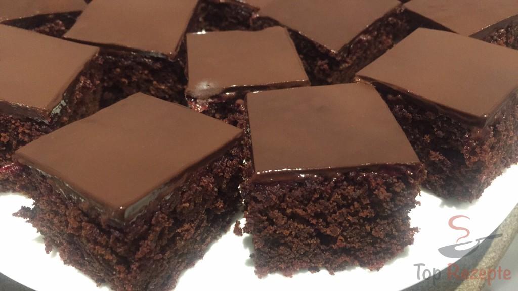 Saftiger Schokoladenkuchen Mit Roter Beete Top Rezepte De