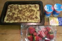 Zubereitung des Rezepts Wunderbare Pudding-Sahne-Schnitten mit Erdbeeren, schritt 10