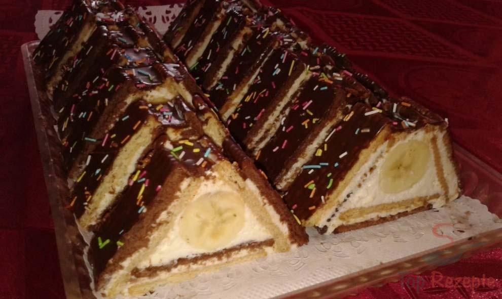 Dachkuchen aus Butterkeksen | Top-Rezepte.de