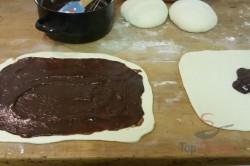 Zubereitung des Rezepts Mit Kakaopudding gefüllte Hefezöpfe, schritt 4