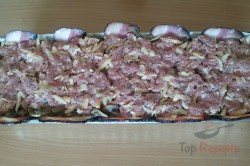 Zubereitung des Rezepts Hackbraten mit Käse im Speckmantel, schritt 11