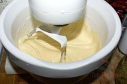 Zubereitung des Rezepts Erdbeerschnitten mit Tortenguss, schritt 2