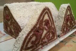 Zubereitung des Rezepts Kokos-Kirsch-Pyramidenkuchen ohne Backen, schritt 13