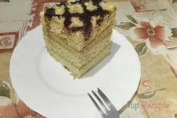 Zubereitung des Rezepts Marlenka – Honigkuchen mit Kondensmilchcreme, schritt 7