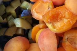 Zubereitung des Rezepts Der beste und schnellste Obst-Biskuitkuchen, schritt 7