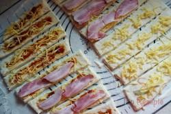 Zubereitung des Rezepts Perfekte Party Speck-Käse-Stangen, schritt 2