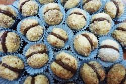 Zubereitung des Rezepts Knusprige Nusskugeln mit Schokoladencreme, schritt 5