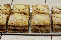 Zubereitung des Rezepts Gestreuter Tassenkuchen mit Äpfeln, schritt 10