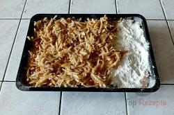 Zubereitung des Rezepts Gestreuter Tassenkuchen mit Äpfeln, schritt 5