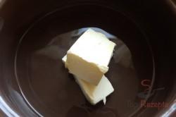 Zubereitung des Rezepts Die besten Windbeutel mit Vanille- und Karamellcreme, schritt 1