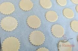 Zubereitung des Rezepts Zarte Kekse mit Karamell-Kondensmilch, schritt 4