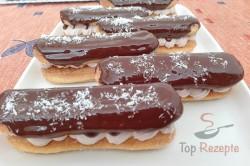 Zubereitung des Rezepts Falsche Eclairs mit Schlagsahne und Schokolade, schritt 3