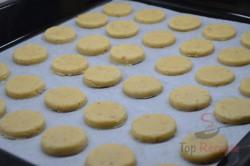 Zubereitung des Rezepts Vanilleplätzchen mit Konfitüre, schritt 5