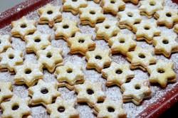 Zubereitung des Rezepts Zarte Butterplätzchen (Weihnachtssterne), schritt 4
