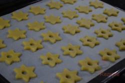 Zubereitung des Rezepts Zarte Butterplätzchen (Weihnachtssterne), schritt 3