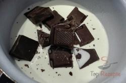 Zubereitung des Rezepts Kokos-Bienenkörbchen mit Schokosahne-Füllung ohne Backen, schritt 4