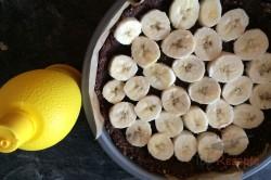 Zubereitung des Rezepts FITNESS-Kokos-Torte mit Bananen - Fotoanleitung, schritt 9