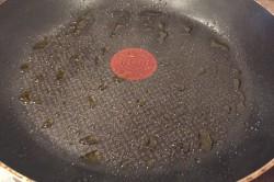 Zubereitung des Rezepts Schnelle Pizza aus der Pfanne in 15 Minuten, schritt 5