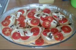 Zubereitung des Rezepts Toastbrot-Tomaten-Käse-Auflauf mit Sahnesoße überbacken, schritt 4