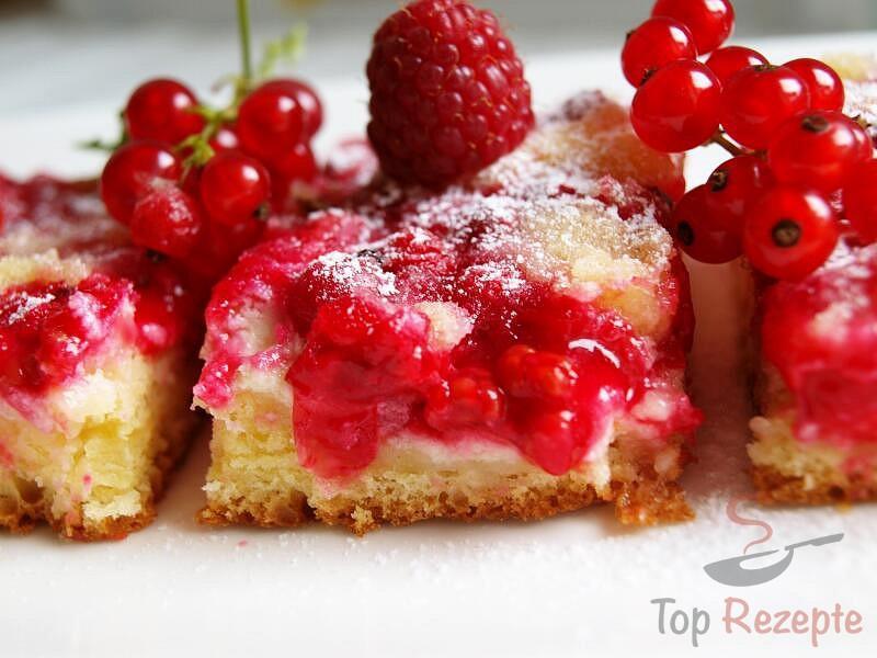 Leckerer Quark Johannisbeer Kuchen Ohne Gehzeit Top Rezepte De