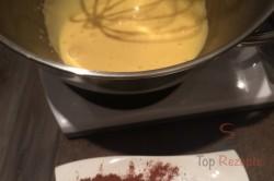 Zubereitung des Rezepts Fitness KINDER-Milchschnitte ohne Zucker und Mehl, schritt 1