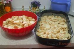 Zubereitung des Rezepts Semmelauflauf mit Äpfeln und Quark, schritt 1
