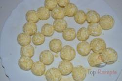 Zubereitung des Rezepts Faule Quarkknödel in Semmelbröseln gewälzt, schritt 2