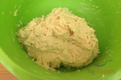 Zubereitung des Rezepts Hefekuchen mit Mohn, Aprikosen und Quark, schritt 3