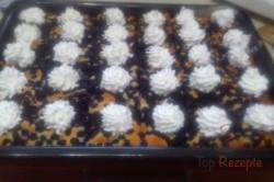 Zubereitung des Rezepts Tassenkuchen mit Heidelbeeren und Schlagsahne, schritt 1