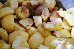 Zubereitung des Rezepts Apfelschnitten mit Schneehaube und Nüssen, schritt 2
