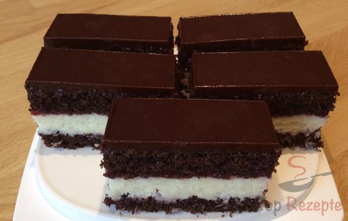 Kokos Schnitten Mit Schokoladenglasur Top Rezepte De