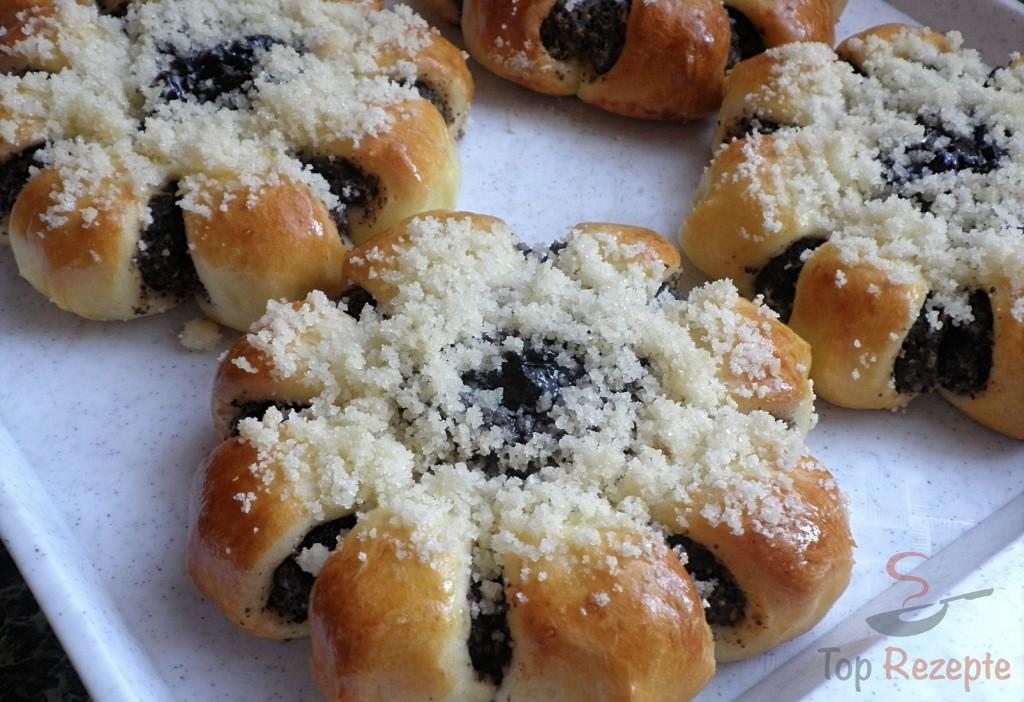 Zwetschgenkuchen Mit Hefeteig Von Danitsch Chefkoch De