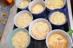 Zubereitung des Rezepts Käse mit Schinken und Ei aus dem Backofen, schritt 7