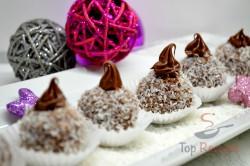 Zubereitung des Rezepts Weihnachtliche Schoko-Kokos-Bällchen ohne Backen (in weniger als einer halben Stunde zubereitet), schritt 7