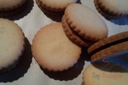 Zubereitung des Rezepts Puddingplätzchen mit Schokolade, schritt 4