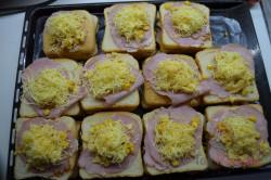 Zubereitung des Rezepts Überbackene Pizza-Sandwiches, schritt 4