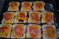 Zubereitung des Rezepts Überbackene Pizza-Sandwiches, schritt 3