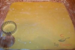 Zubereitung des Rezepts Mürbeteigplätzchen mit Baiserringen, schritt 3