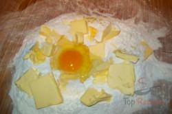 Zubereitung des Rezepts Mürbeteigplätzchen mit Baiserringen, schritt 1