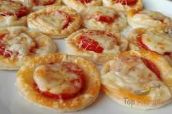 Zubereitung des Rezepts Wunderbare Häppchen mit Wurst und reichlich Käse, schritt 4