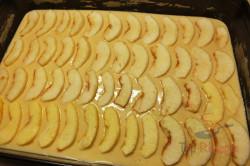 Zubereitung des Rezepts Fabelhafter und schneller Apfelkuchen, schritt 1