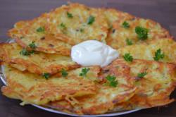 Zubereitung des Rezepts Leckere Kartoffelpuffer mit saurer Sahne, schritt 7