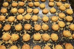 Zubereitung des Rezepts Der perfekte Ersatz für Kartoffelchips oder Käsestangen: leckeres Käse-Knabberzeug, schritt 5