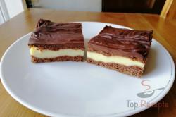 Ein einfaches und dabei so tolles Rezept für einen Pudding-Kuchen mit saurer Sahne, schritt 1
