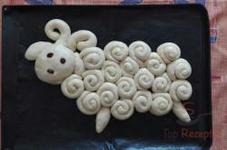 Zubereitung des Rezepts Schneckenlamm – Osterbäckerei, schritt 1