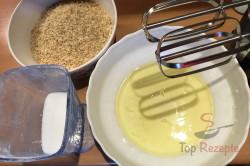 Zubereitung des Rezepts Fantastischer Kuchen mit Nussbaiser, schritt 6