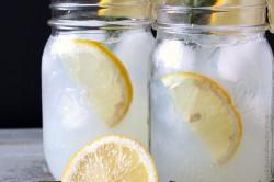 Eisgekühlte Limonade selber machen: 12 Rezeptideen für die perfekte Erfrischung an heißen Sommertagen, schritt 3