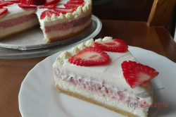 Zubereitung des Rezepts Leckerer Erdbeer-Cheesecake, schritt 3