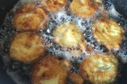 Zubereitung des Rezepts Zucchinischeiben im Knoblauch-Joghurt-Teigmantel, schritt 4