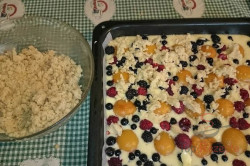 Zubereitung des Rezepts Obstkuchen mit Streuseln, schritt 6